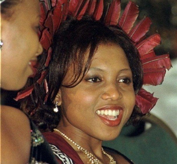 12-ю жену короля Свазиленда за измену оштрафовали на стадо коров