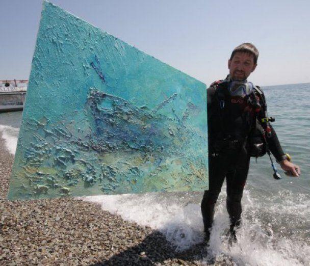 В Крыму создали самую большую подводную картину