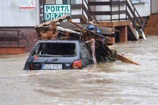 Число жертв наводнений в Европе возросло до 14 человек