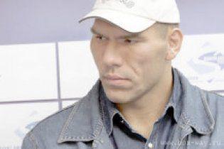 Валуев решил стать чемпионом мира по покеру
