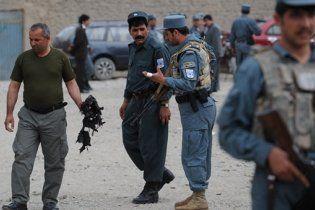 На юге Афганистана смертник взорвал здание полиции