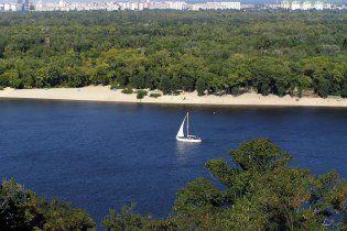 Спека та водорості перетворюють Дніпро на болото
