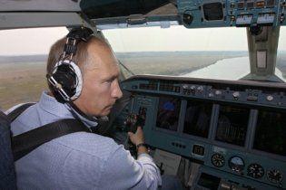 The Guardian: железная хватка Путина начала ржаветь