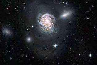 """Телескоп """"Хаббл"""" зробив дивовижний знімок спіральної галактики"""