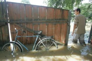 50% человек, которые пострадали от стихийных бедствий получили финансовую помощь