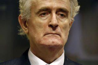 Караджич призвал суд закрыть против него дело