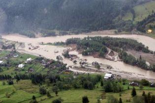 Прикарпатье понесло миллиардные убытки от наводнения