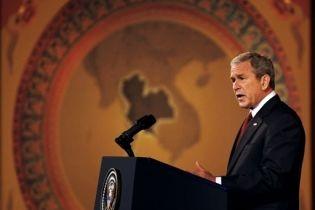 Буш объяснил американцам, как спасти экономику (видео)