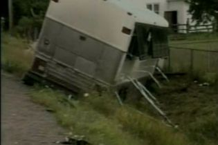 16 британских туристов пострадало в аварии в Канаде (видео)
