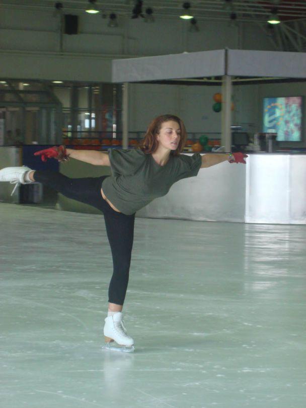 Седакова травмировалась на катке (фото)