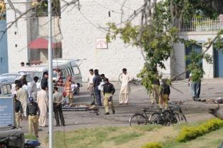 Теракт в Пакистане: погибло 60 человек