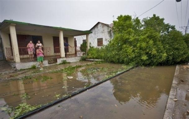 """Ураган """"Густав"""" набирает силы (обновленное видео)"""