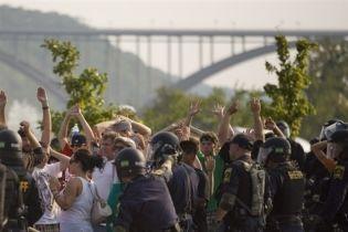 За день работы съезда Республиканской партии США арестовано 130 человек (видео)