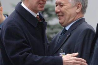 БЮТ и ПР передумали увольнять министров. Пока еще (видео)