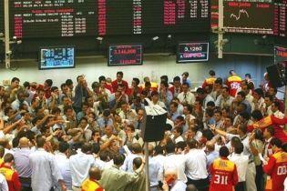 Российские биржи прекратили торги (видео)