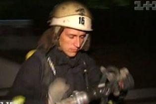 Как тренируются пожарные (видео)