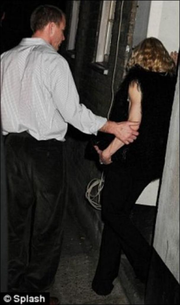 Мадонна переборщила с алкоголем (фото)