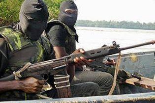 Нигерийские боевики объявили войну нефтевикам