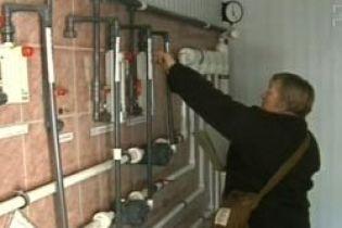 В Днепропетровске употребляли ядовитую воду (видео)