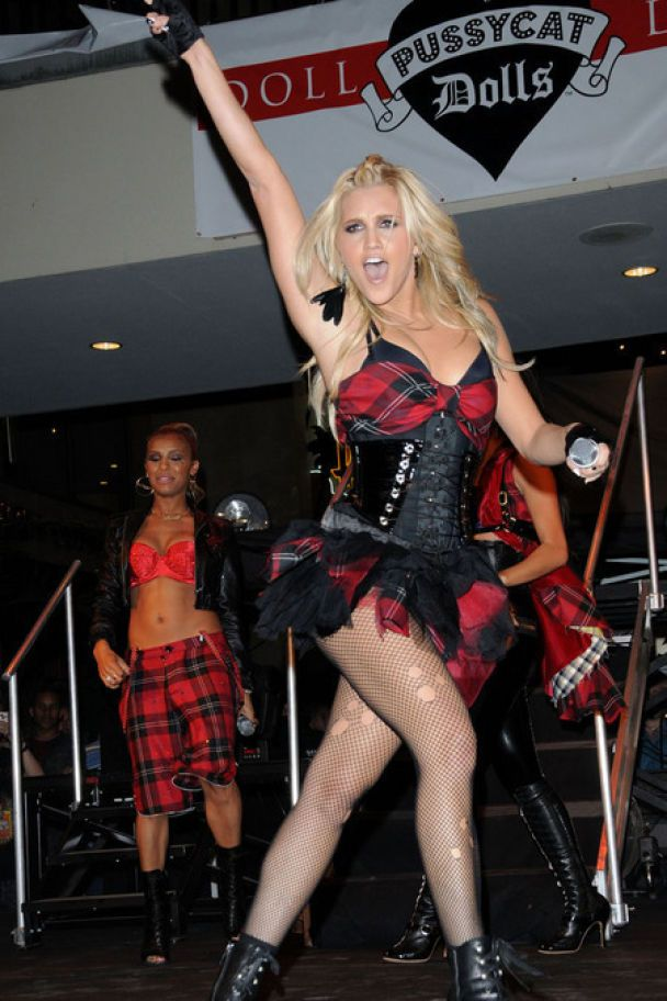 Pussycat Dolls верят, что они - не стриптизерши (фото)