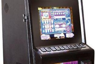 Как умельцы в гараже игровые автоматы делали (видео)