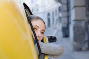 Одесса намеревается бороться с таксистами-нелегалами (видео)