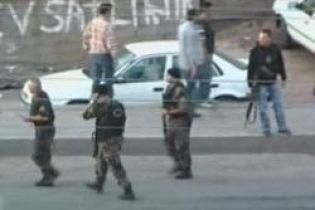 Нападение на автобус в Турции: есть жертвы (видео)