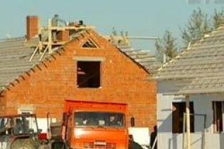 Успеют ли возобновить дамбы к зиме в Прикарпатье (видео)