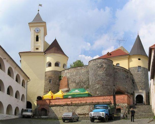 Генпрокуратура возмется за Мукачевский замок (фото)