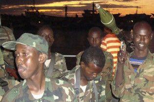 Сомалийские пираты освободили танкер из ОАЭ за выкуп в 200 тысяч долларов