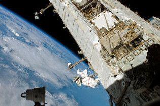 Экипаж МКС эвакуирован из-за космического мусора