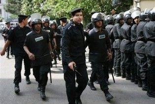 В Каире уволенные полицейские подожгли здание МВД