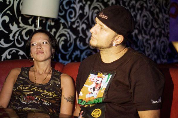 Потап водит беременную жену по ночным клубам (фото)