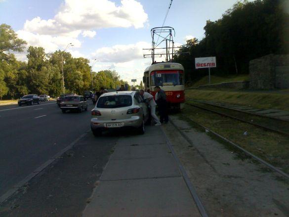 Трамвай-авто