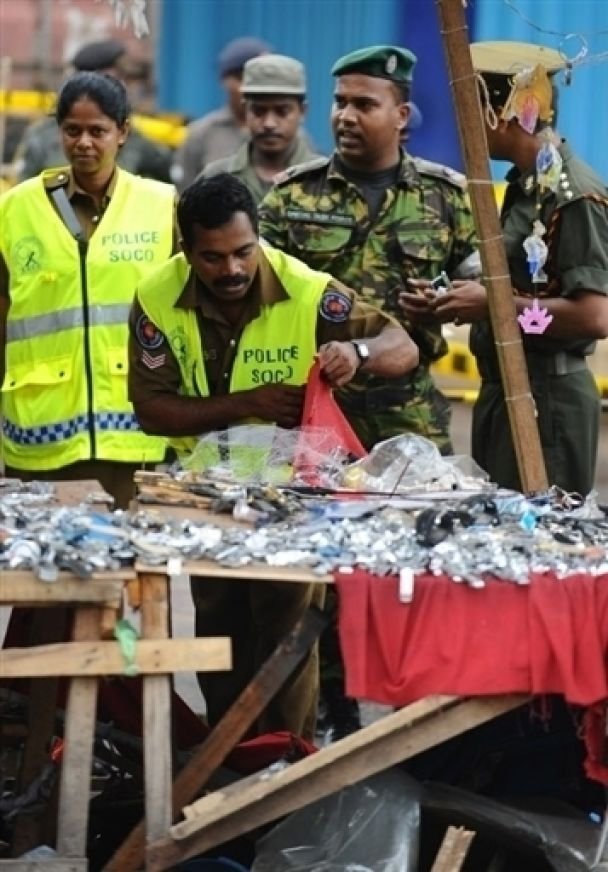 Взрыв в Шри-Ланке: пострадало 43 человека (фото)