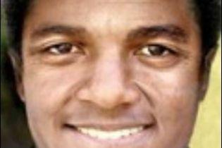 Каким бы было лицо Джексона без операций (фото)