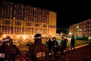 Во Франции вследствие гибели юноши вспыхнули массовые беспорядки