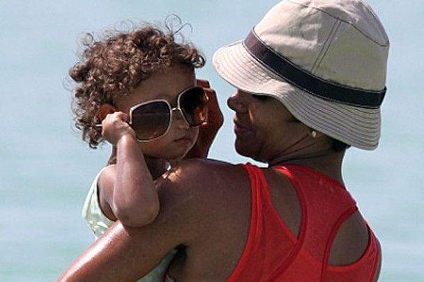Холли Берри считает экс-возлюбленного плохим отцом