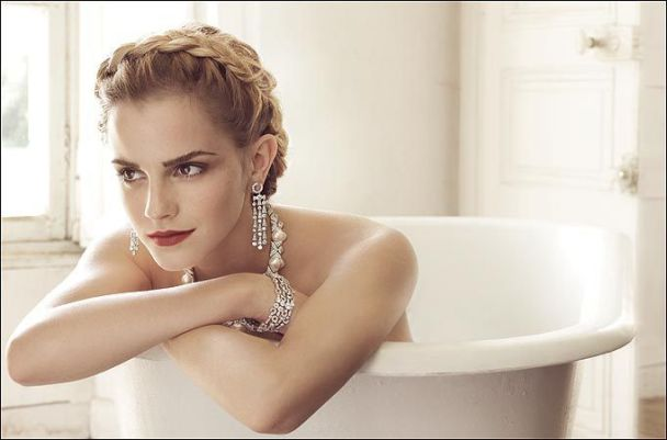 Емма Ватсон позировала для Vogue (фото)