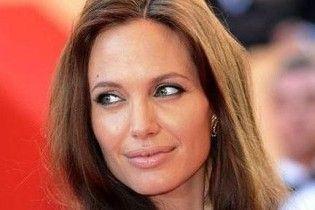 Даррен Аронофски сделает из Джоли королеву лесопилки