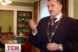 Экс-судья Зварыч объявил голодовку и готов умереть