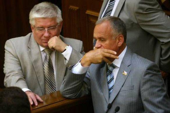 Ярослав Сухий, Михайло Чечетов