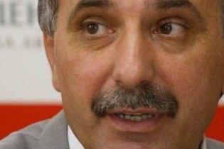 Гриценко требует отставки двух министров