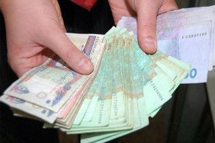 Минимальная зарплата увеличилась на 19 гривен
