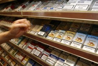 Кабмин исключил рост цен на табак и алкоголь