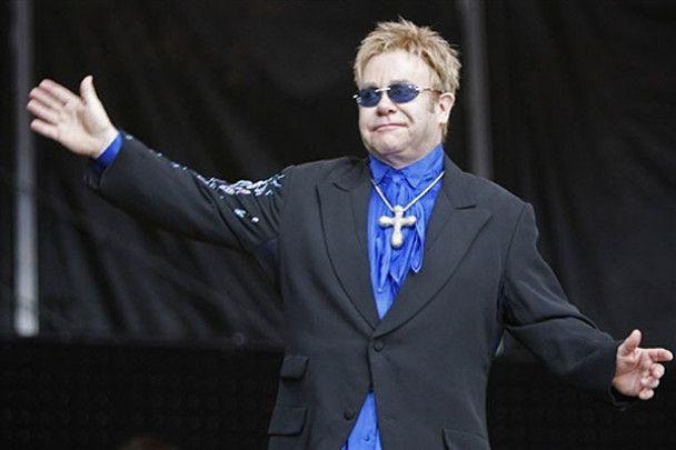 Элтон Джон едет в Киев с 30-ю музыкантами