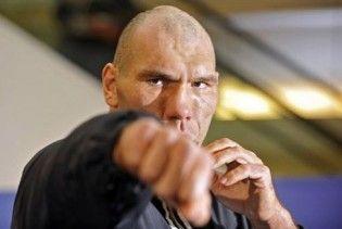 Валуев ответил Кличко: я не могу болтаться, как одно вещество в проруби