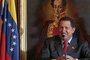 Чавес угрожает национализацией компаниям-спекулянтам