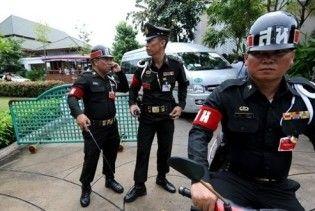 Тайские военные взяли под контроль деловой центр Бангкока