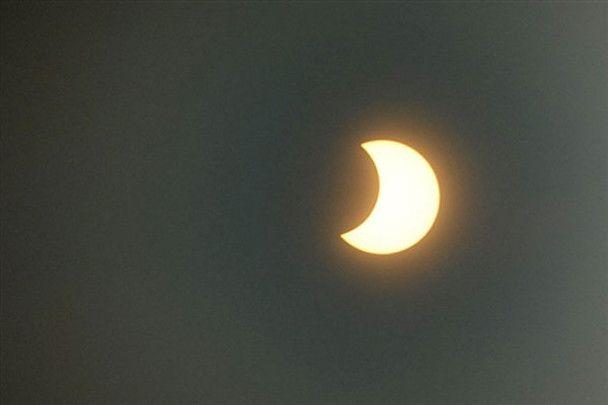 Первое солнечное затмение 2010 года